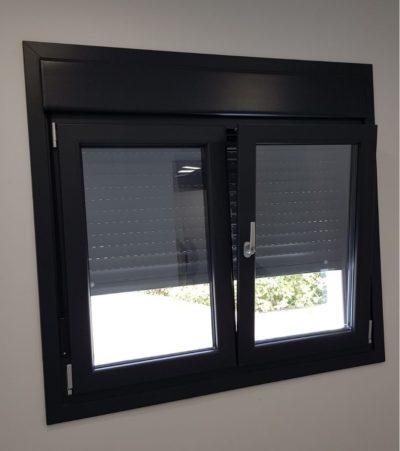 ventana oscilobatiente color